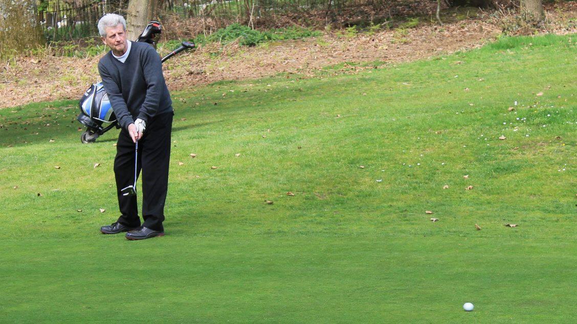 Golf 4 (2500x1405)